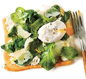 arugula-pizza-with-poached-eggs-300x279